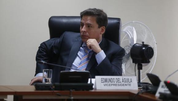 Congresista Edmundo del Águila lanza duros calificativos para sus colegas del Frente Amplio (Mario Zapata)