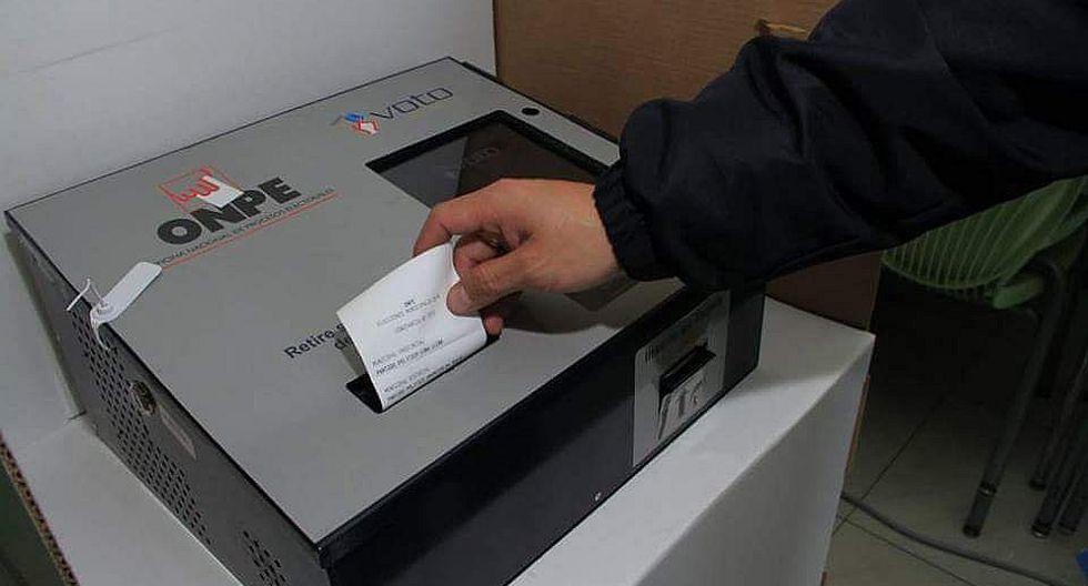 En total, a nivel nacional, se aplica el voto electrónico a 39 distritos, lo que permitirá que 24′799,384 peruanos hagan uso de este moderno sistema de votación. (Foto: ONPE)