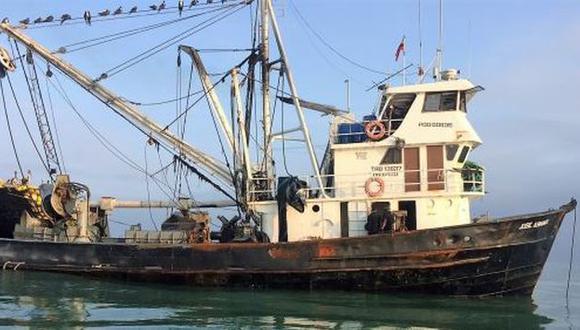 Embarcación ecuatoriana fue intervenida por pescar ilegalmente en el mar peruano. (Andina)