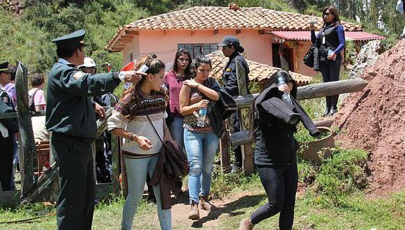 "Cusco: ""Fiesta frenética"" en Sacsayhuamán deja 60 turistas intervenidos. (Andina)"