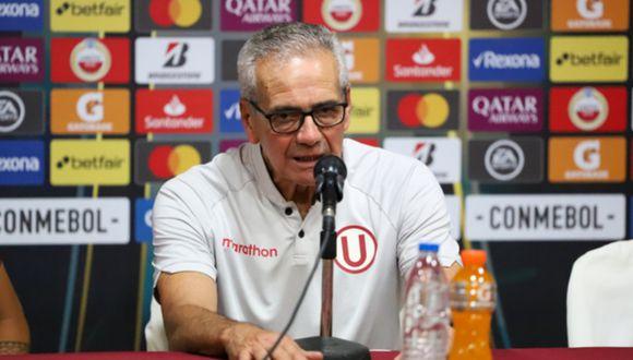 Gregorio Pérez considera que es muy riesgoso acelerar el regreso del fútbol. (Foto: GEC)