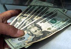 Precio del dólar cae al cierre de la jornada ante la baja actividad del mercado por feriado en EE.UU.
