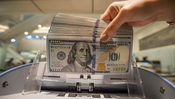 La mayor parte del cambio a soles es para pagar sueldos y una menor proporción en el pago de proveedores de productos importados, por ejemplo, y servicios locales, entre otros, asegura la casa de cambio digital Noncash. Photographer: Paul Yeung/Bloomberg