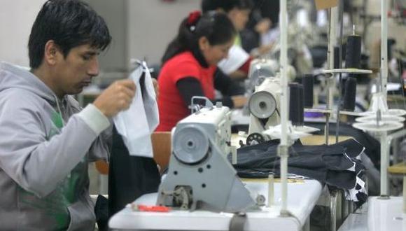 Salvaguardia para el sector textil se podría materializar en el aumento del arancel o en el establecimiento de una cuota de importación.. (Foto: GEC)
