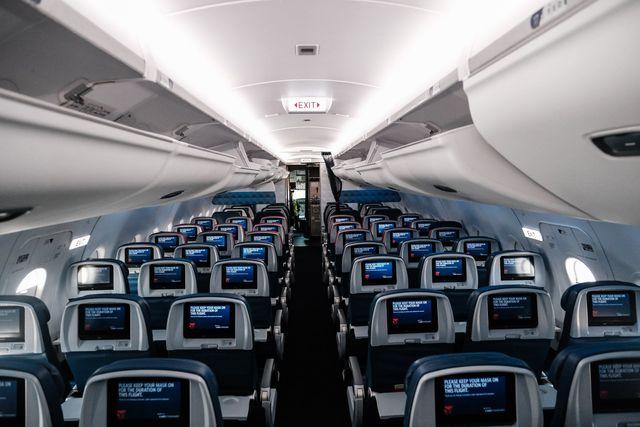 Qué métodos se usan para desinfectar los aviones en medio de la pandemia del coronavirus. Foto: Michael A. McCoy/Getty Images/AFP