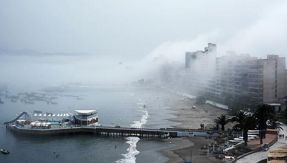 En la Costa Verde se registró una densa neblina. (David Vexelman)