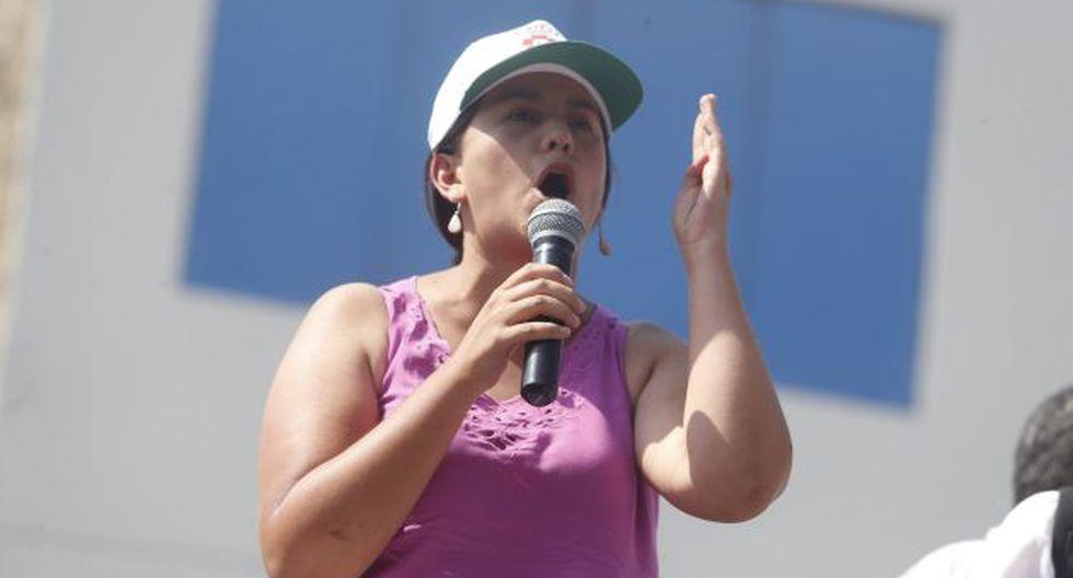 Verónika Mendoza lamentó que PPK haya ofrecido ley para que Alberto Fujimori cumpla sentencia en su casa. (Atoq Ramón)