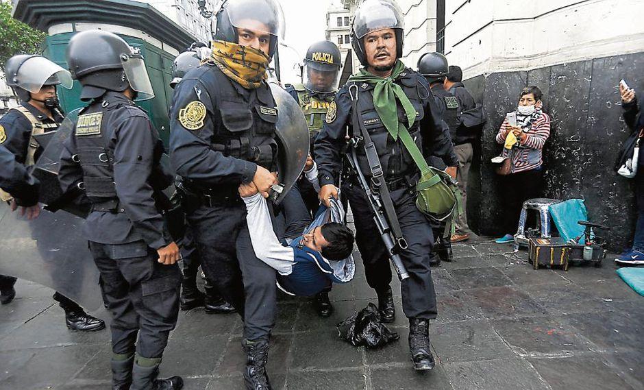 PPK emplaza a los maestros (Perú21)