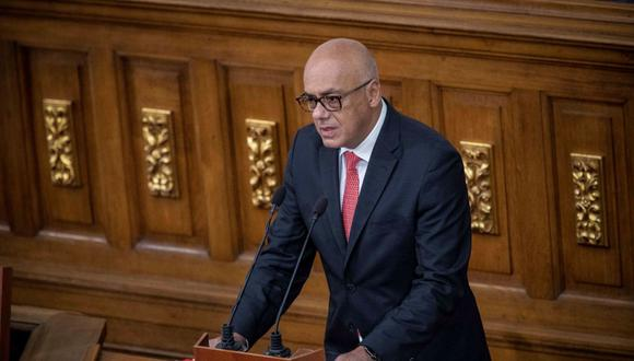 El presidente de la Asamblea Nacional Jorge Rodríguez, habla este martes en Caracas. (EFE/ Rayner Peña).