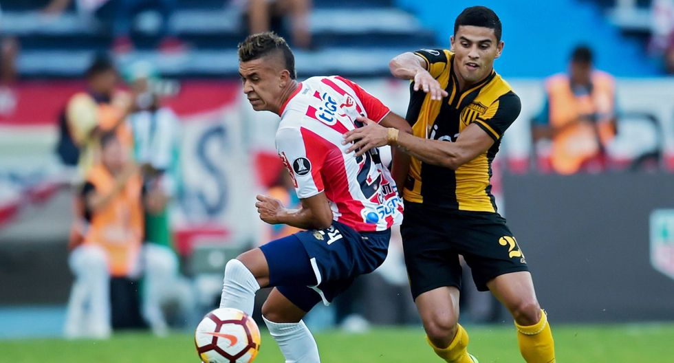 El ganador entre Junior y Guaraní integrará el Grupo 8 de la Copa Libertadores, junto a Boca Juniors, Palmeiras y Alianza Lima. (AFP)