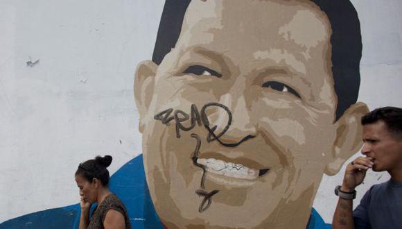 TODAVÍA NO. El chavismo apura el retorno de su líder a Caracas, pero minimizando los riesgos. (AP)