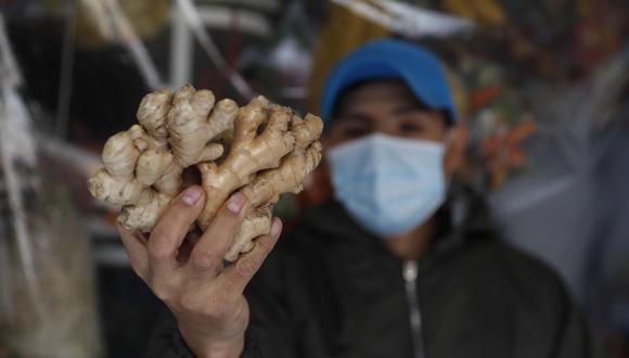 ¿Qué alimentos comer para prevenir enfermedades respiratorias?. (EFE/Paolo Aguilar)