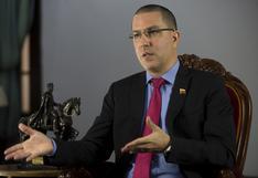 Sin las sanciones, Venezuela hubiera comprado las vacunas que necesita, afirma canciller Arreaza