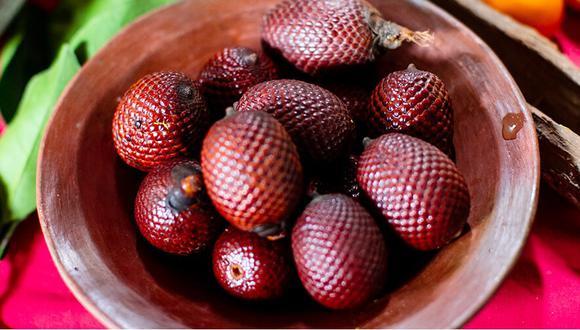 El Colegio de Nutricionistas subraya que el consumo diario de dos porciones de frutas y tres porciones de verduras ayuda a fortalecer el sistema inmunológico.