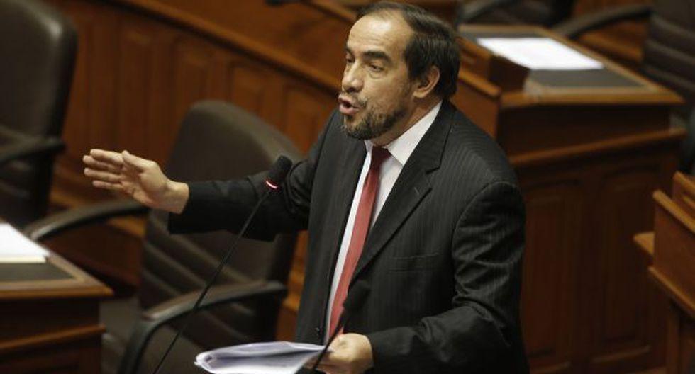 Congresista Yonhy Lescano pide al ministro de Defensa renunciar a su cargo. (Atoq Ramón)