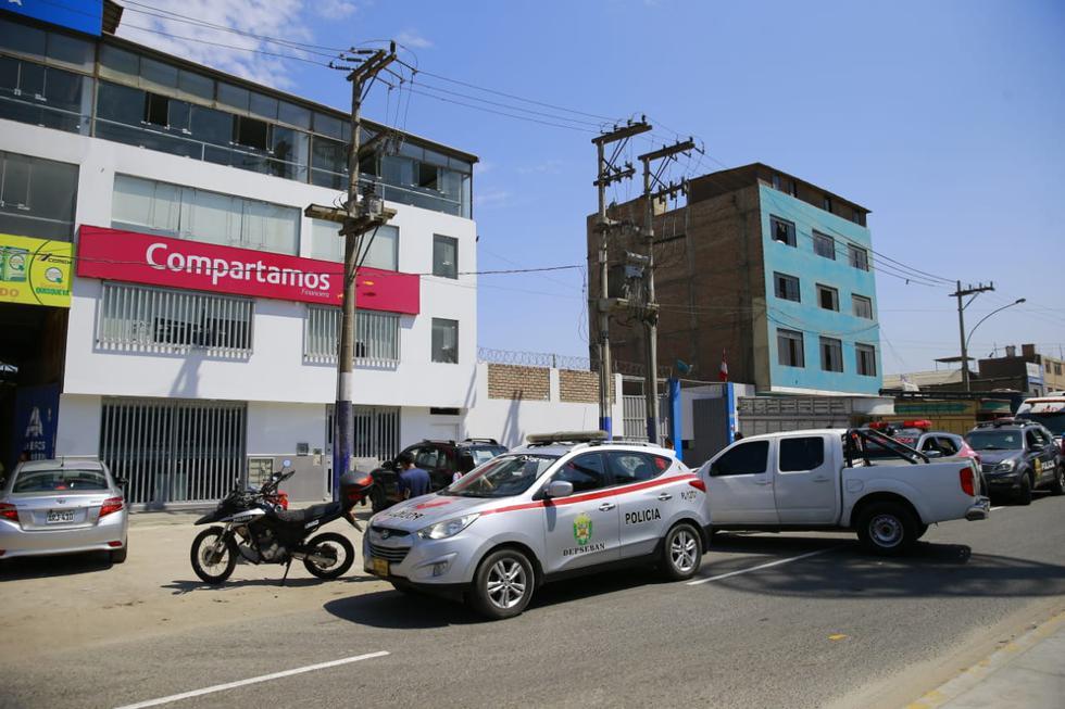 Delincuente que robó a financiera en Surco resultó abatido durante persecución en Chorrillos. (Fotos: Allen Quintana)