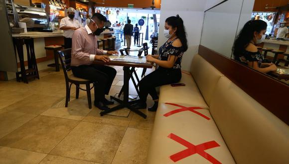 Los restaurantes y afines tendrán nuevo aforo permitido en Lima y Callao. (Fotos Alessandro Currarino / @photo.gec)