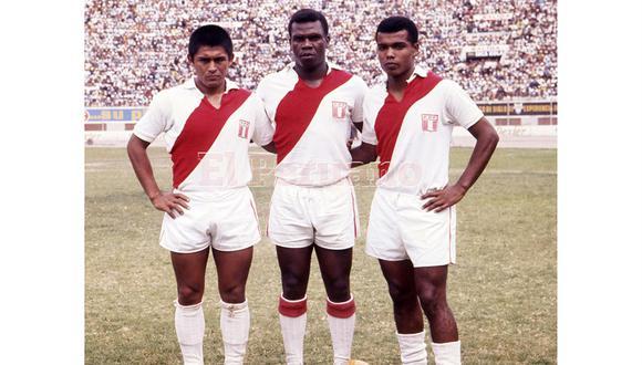 La sentida despedida de los clubes de fútbol peruanos a 'Perico' León. (Andina)