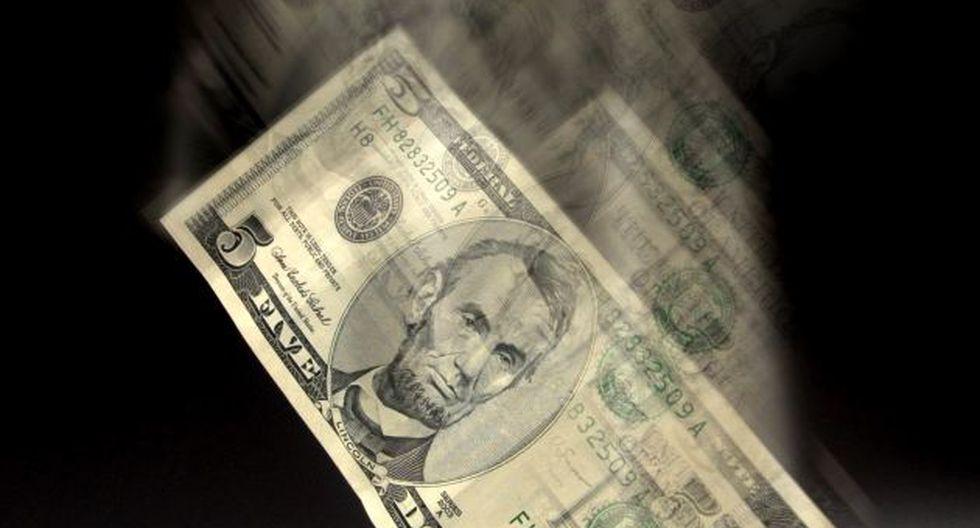 Temor a crisis hunde a la divisa. (Bloomberg)