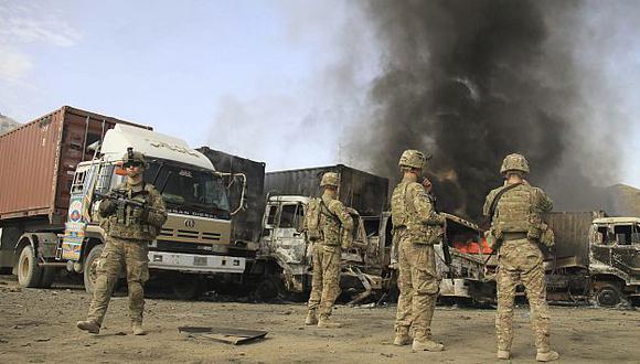 Talibanes atacan base aérea de la OTAN en este de Afganistán. (EFE)