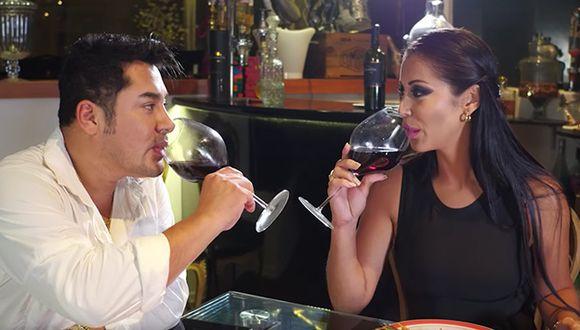 Karla Tarazona y Alexander Blas seguirán juntos gracias al videoclip 'Te Quiero' (Captura)