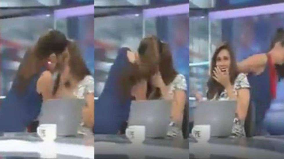 Rebeca Escribens sorprendió a Verónica Linares dándole, al parecer, un beso en televisión en vivo. (América Noticias)