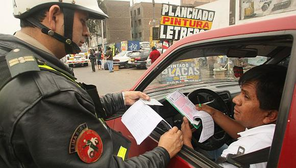 En octubre se aplicaron 2,079 papeletas a conductores que no respetaron límites de velocidad. (Peru21)