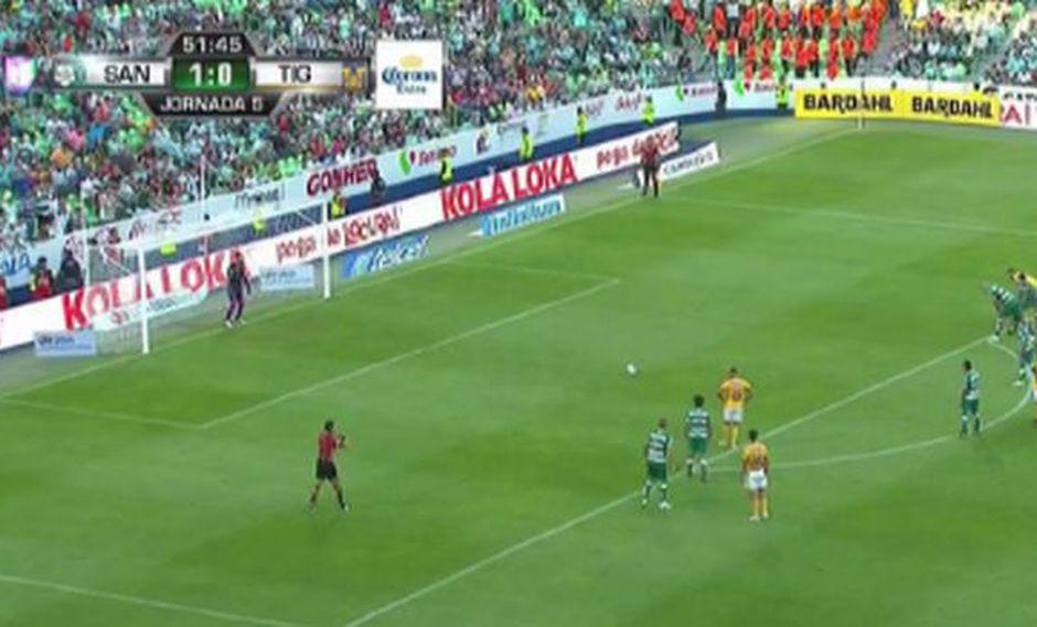 Así fue el gol de Eduardo Vargas para el 1-1 en el Tigres-Santos Laguna por Liga MX. (Captura: YouTube)