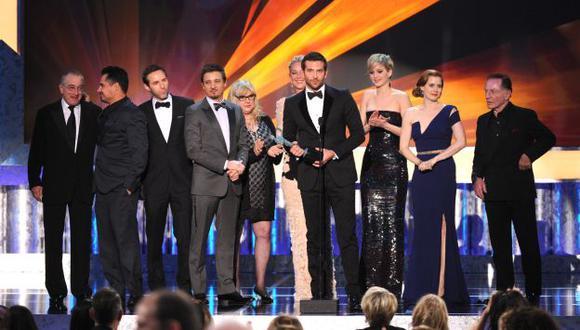 'La gran estafa americana' recibe el máximo galardón de los SAG. (AP)