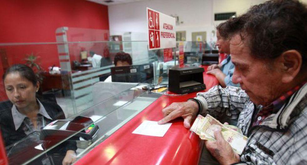 AFP: Más de 1,700 afiliados decidirán si retiran el 95.5% o se jubilan tradicionalmente. (Perú21)