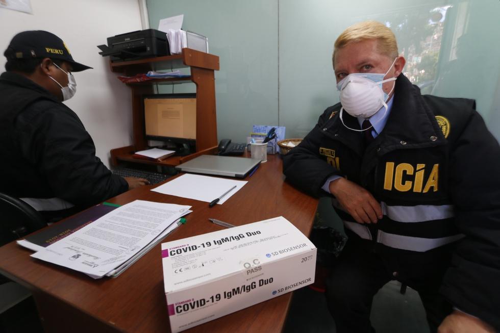 En el local ubicado en el Cusco se halló un caja de pruebas rápidas de descarte de coronavirus. (Foto: Juan Sequeiros)