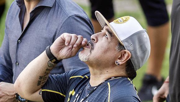 Diego Maradona y los pedidos culinarios que puso en aprietos a chef argentino en México. (Foto: AFP)