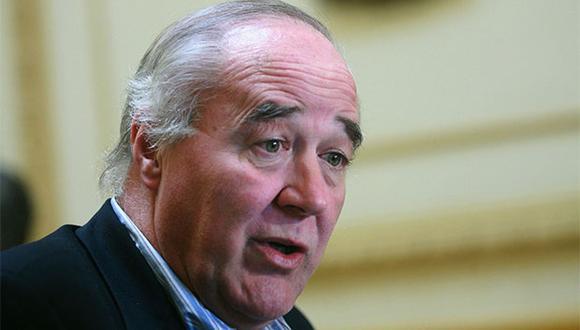 Víctor Andrés García Belaunde estimó que Alan García ya no piensa en la política al pedir asilo político a Uruguay. (Foto: Agencia Andina)