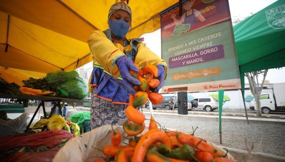 Con motivo del Día de los Ajíes Peruanos, el Ministerio de Agricultura y Riego, a través de Agro Rural, presentan una edición especial del Mercado Minagri De la Chacra a la Olla con más de 10 variedades de ajíes de la costa, sierra y selva. Foto: Britanie Arroyo / @photo.gec