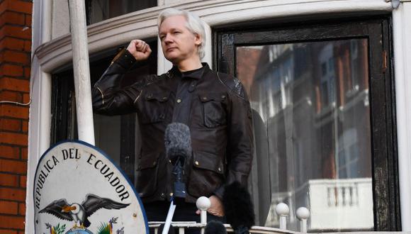 Julian Assange, australiano de 47 años, pasó los últimos siete años de su vida encerrado en la embajada de Ecuador ubicado en el exclusivo barrio londinense de Knightsbridge. (Foto: AFP)