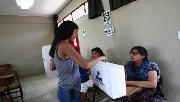 Reniec informó que 549.648 jóvenes que están cumpliendo 18 años a lo largo del año anterior a dicha fecha y estarán habilitados para realizar su voto en las Elecciones 2021. (Foto: Archivo/GEC)