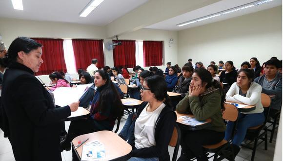 """El curso de """"lucha contra la corrupción"""" abordará los efectos de este fenómeno en la sociedad, la política, la cultura y la economía.(Foto: Andina)"""