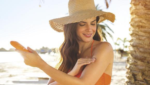 No hidratar la piel: la piel debe recuperarse luego de estar expuesta al sol. Para ello, existen cremas post-solares que humectan, refrescan y previenen lesione
