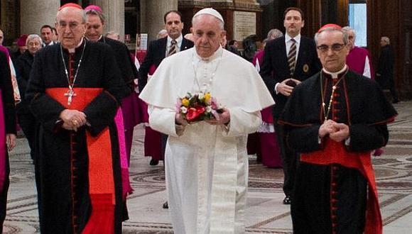 ESTILO 'FRANCISCO'. Papa argentino impone su sencillez en el Vaticano y predica con el ejemplo. (Reuters)