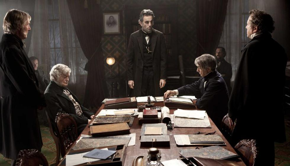 'Lincoln' es la favorita con cinco nominaciones, incluido Mejor Película Dramática. (AP)