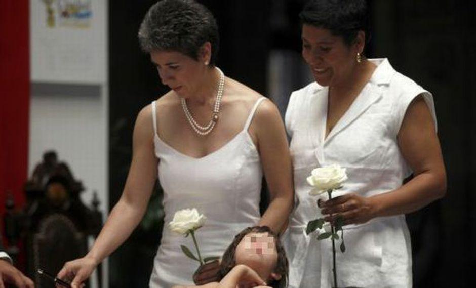México: Justicia avala la adopción para parejas homosexuales. (Reuters)