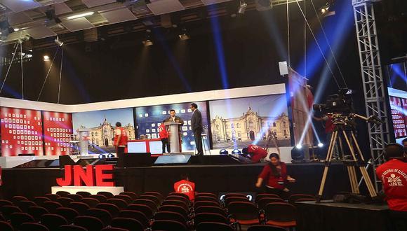 El JNE informó que el debate presidencial se realizará en tres fechas. (Foto: JNE)