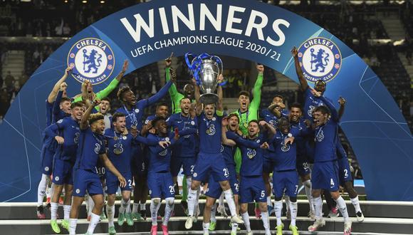 Chelsea celebra la obtención de su segunda Champions League. (Foto: AFP)