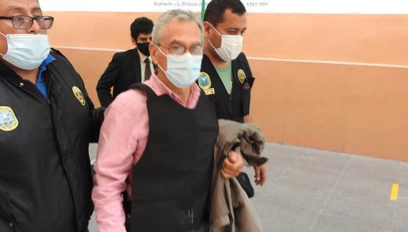 Alfredo Crespo es abogado del terrorismo Abimael Guzmán y dirigente del Movadef, brazo político de Sendero Luminoso. (Foto: PNP)