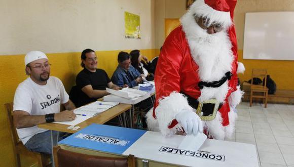 APATÍA. Se implementó el voto voluntario sin buenos resultados. (Reuters)