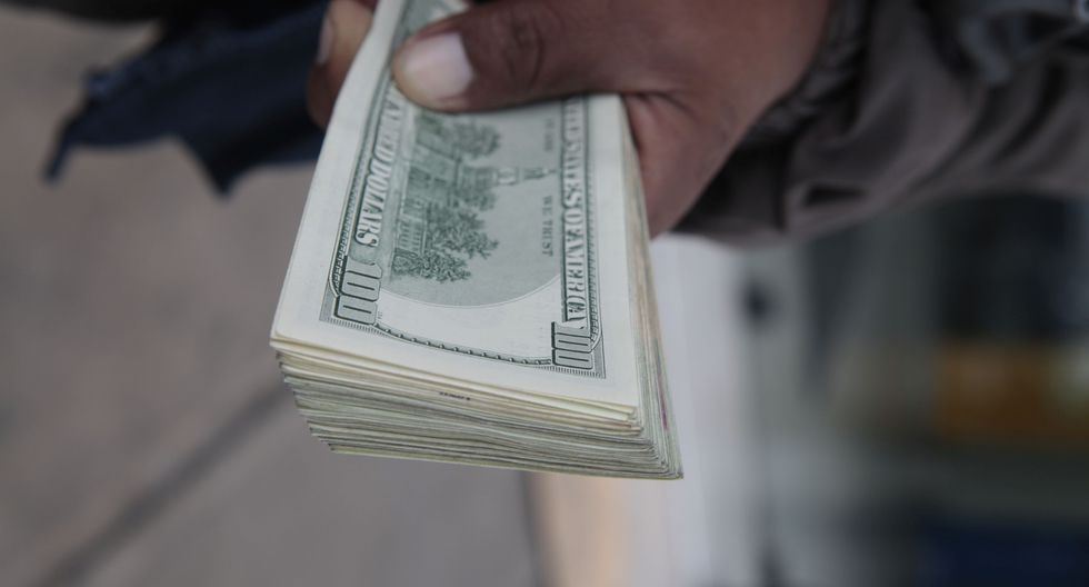 El índice dólar avanzaba un 0.54% frente a una cesta de monedas de referencia.(Foto: GEC)