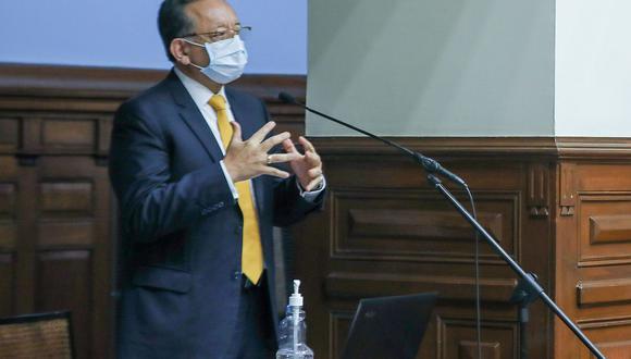 Edgar Alarcón se presentó ante el Pleno para ejercer su derecho a la defensa. (Foto: Congreso)