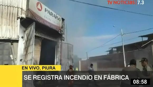La Policía Nacional acordonó la zona para mantener alejados a los vecinos. (Foto: Captura/TV Perú)