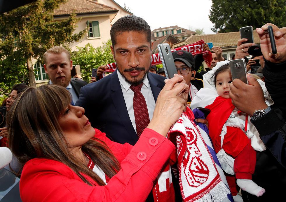 Paolo Guerrero a su llegada al TAS (Reuters)