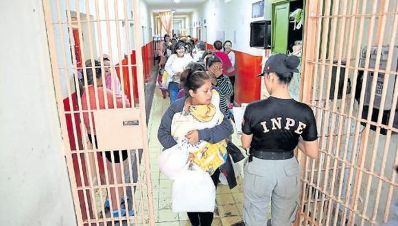 PENAL DE MUJERES. Reclusas conviven en la cárcel con sus hijos, que son afectados por las condiciones de encierro. (USI)